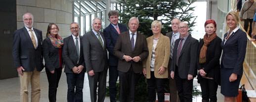 Übergabe eines Weihnachtsbaumes an den Landtag NRW durch den Waldbauernverband