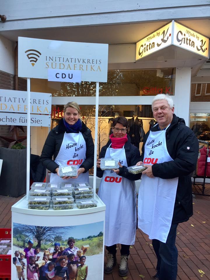 Heute kochte die CDU Neuenkirchen zugunsten des Initiativkreises Südfrika