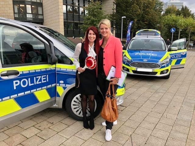 Vorstellung der neuen Einsatzfahrzeuge der Polizei NRW am Düsseldorfer Landtag
